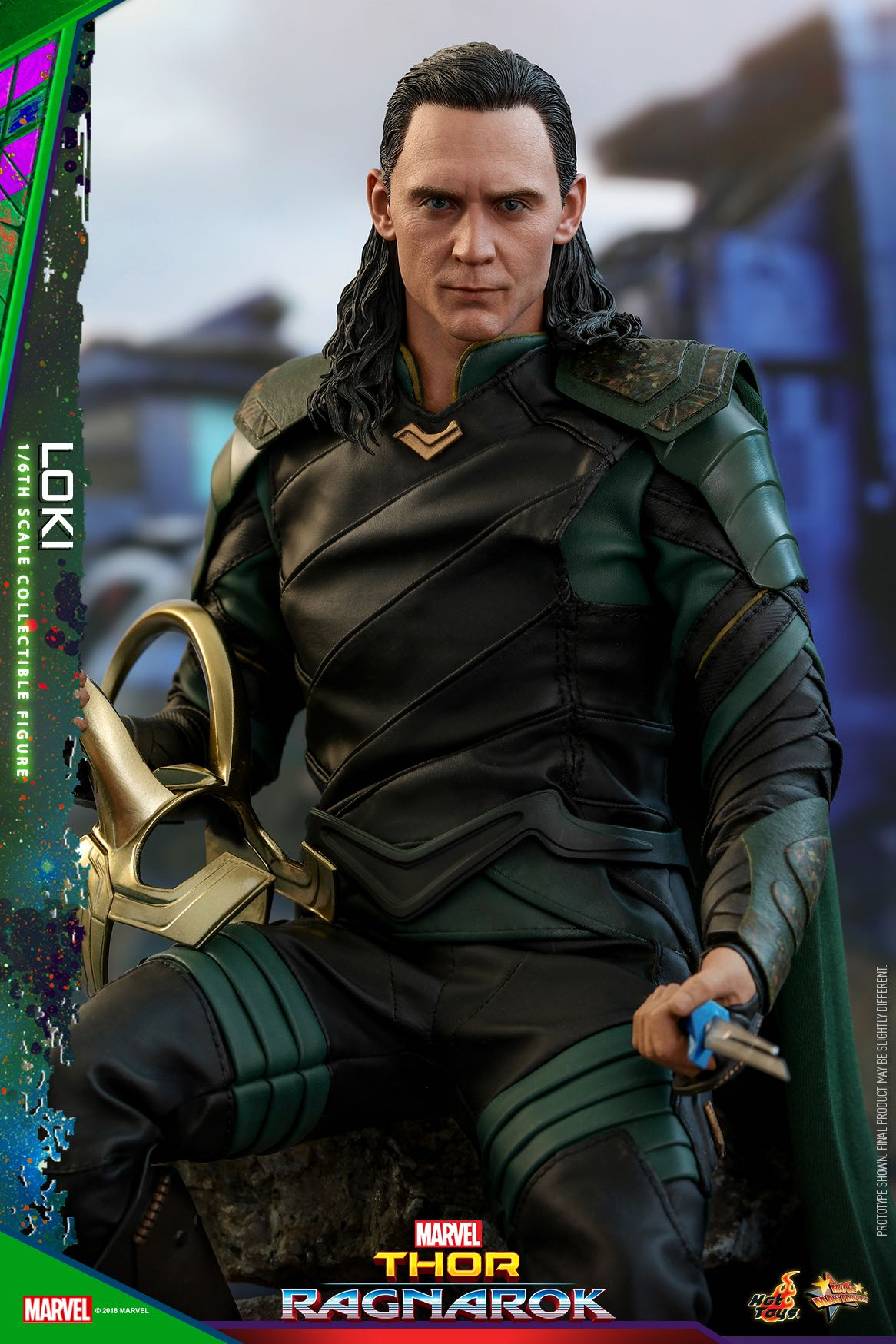 hot-toys-thor-3-loki-collectible-figure_pr5