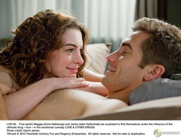 Love_and_Other_Drugs_2.jpg