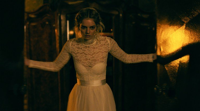 Samara Weaving in the film READY OR NOT. Photo by Eric Zachanowich. Photo Courtesy of Fox Searchlight Pictures. © 2019 Twentieth Century Fox Film Corporation All Rights Reserved