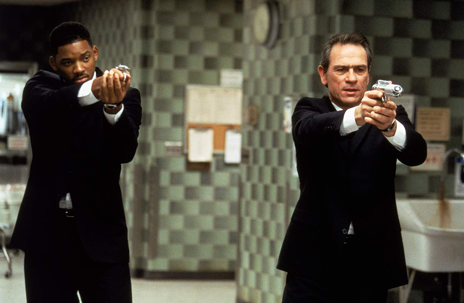Kay and Jay, Men in Black (1997)