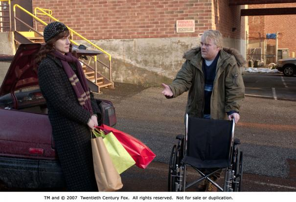 Philip_Seymour_Hoffman_and_Laura_Linney_1.jpg